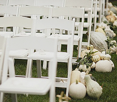 White_Pumpkins_for_Wedding_Ceremony