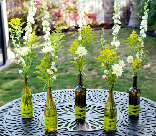 DIY Centerpieces - Bottle Decorated with Yarn