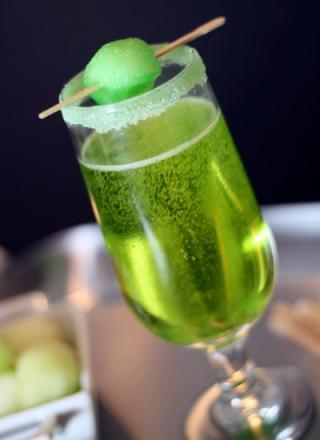 Signature Wedding Cocktail - Sparkling Shamrock