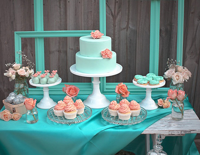 Turquoise-and-Coral-Dessert-Bar