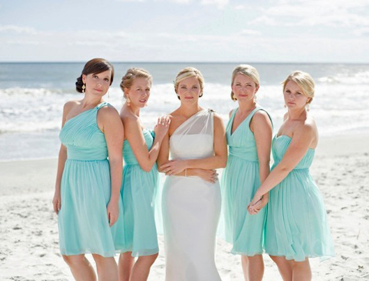 Short_Bridesmaid_Dresses_Same_Hem_Length_Beach