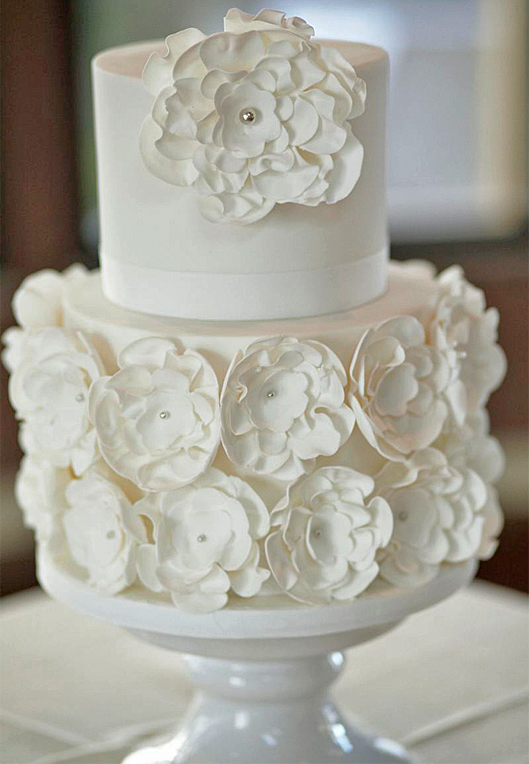 Blumenthal_Photography_The_Wedding_of_Lauren_and_Chris_Wedding_Cake